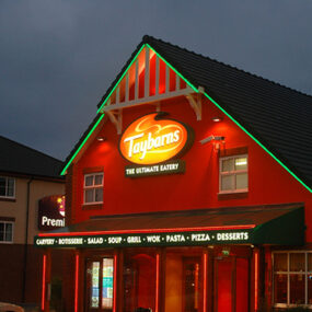 Restaurant Feature Lighting